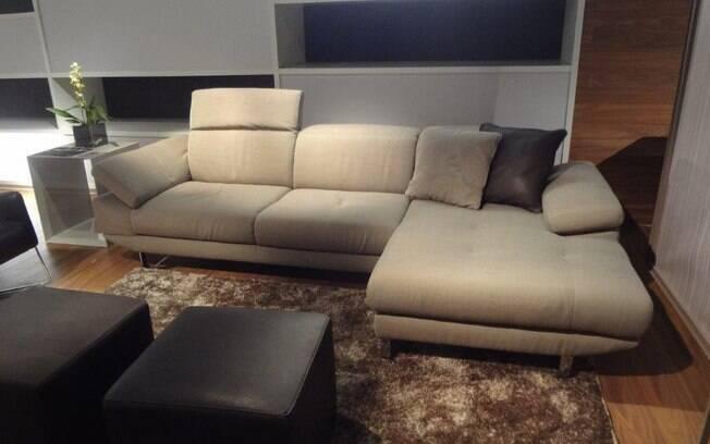 É importante sempre deixar espaço para circulação ao redor do sofá