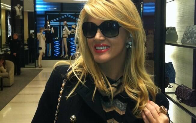 Val Marchiori na Chanel: uma das principais compradoras da marca no mundo