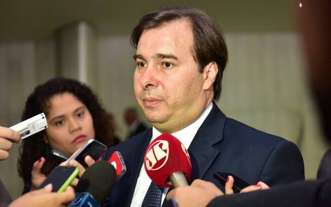 Presidente da Câmara, Rodrigo Maia (DEM-RJ) recebe ministro ainda nesta terça-feira para discutir reforma da Previdência