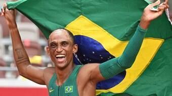 Alison dos Santos leva o bronze nos 400m com barreiras
