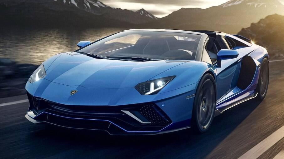 Lamborghini Aventador: supercarro encerra a era dos V12 com 780 cv, potência para acelerar de 0 a 100 km/h em 2,8 segundos