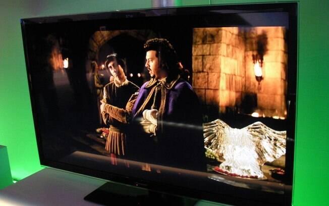 Panasonic expõe sua primeira TV com 3D passivo e passa a ser concorrente direta da LG