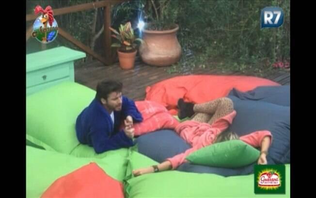 Vencedor do Desafio Semanal, Marlon conversa com Dani sobre votação