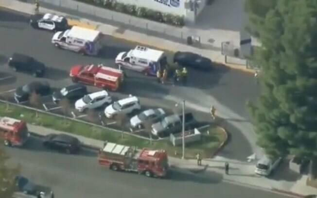 Pelo menos duas pessoas ficaram feridas após disparos em escola na Califórnia