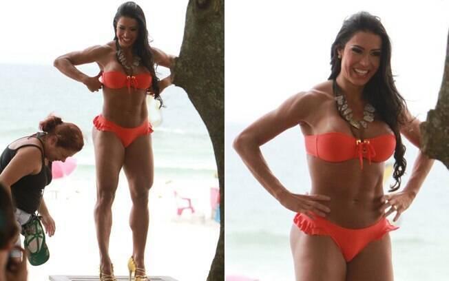 Com a marca de biquíni, Gracyanne Barbosa mostra que também está com o bronzeado em dia