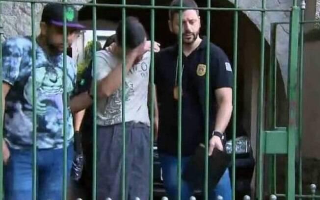 Professor dava aulas em colégio de elite em São Paulo e foi preso por material pornográfico que tinha feito de suas alunas
