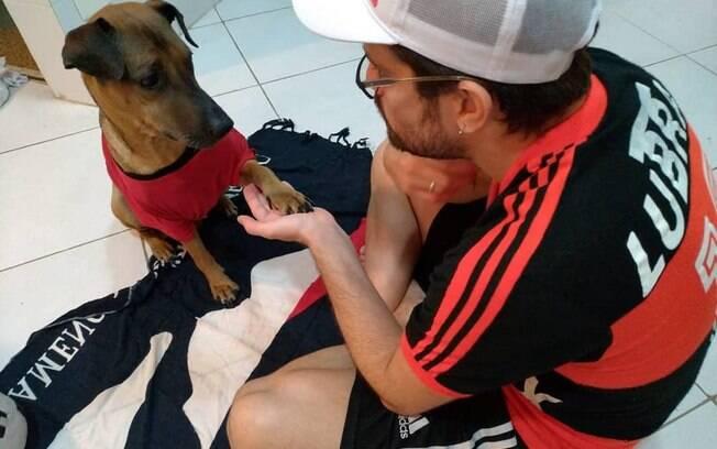 Torcedor do Flamengo ajudará seu cachorro com dinheiro de ingresso