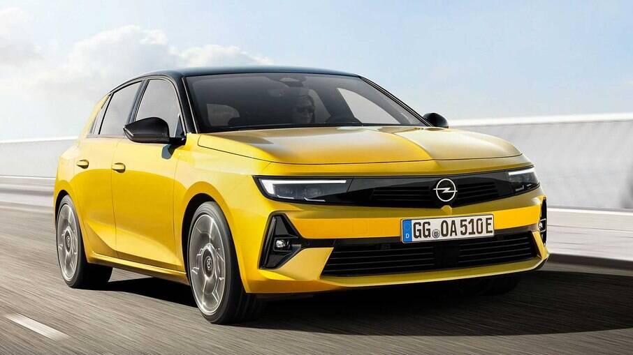 Opel Astra 2022 foi totalmente reformulado com direito à estreia de nova plataforma EMP2, a mesma  do  Peugeot 308