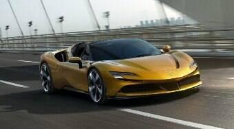 Ferrari anuncia novo supercarro 100% elétrico para 2025