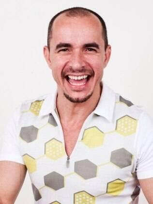 Expert em penteados, Paulo Persil ganhou o título de