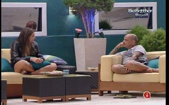 João Carvalho volta a questionar as atitudes de Yuri no confinamento