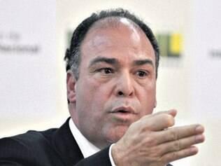 Ministro aceita pedido de investigação sobre senador Fernando Bezerra
