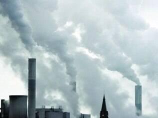 Setores como o de energia tiveram aumento na emissão de poluentes