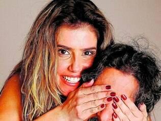 Os amigos Deborah Secco e Mion contracenam em BH