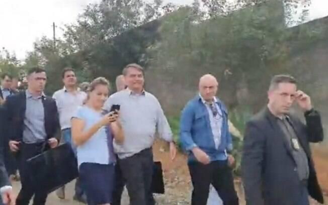 Depois de Campinas, Bolsonaro vai à Elias Fausto para ir em padaria