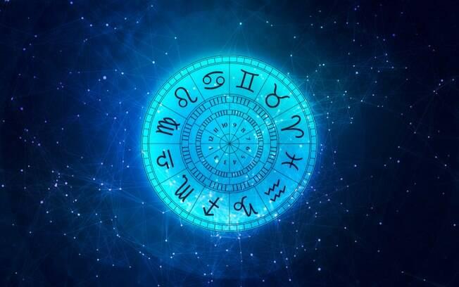 O ano novo astrológico começa no dia 20 de março, quando o sol ingressa em Áries e se inicia um novo ciclo no zodíaco