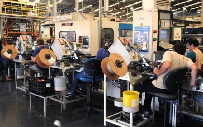 Produção industrial cresce pelo quarto mês consecutivo, com alta de 1,1%