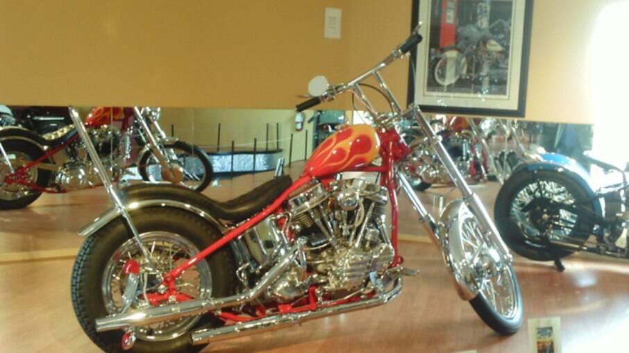 Esta é a Harley-Davidson de Dennis Hopper em Sem Destino