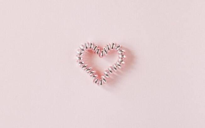Conheça 5 simpatias para dominar o seu amor