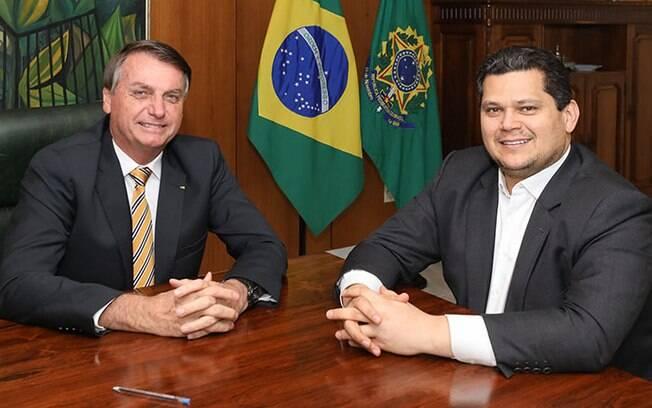 Davi Alcolumbre (DEM-AP), presidente do Senado, e Jair Bolsonaro