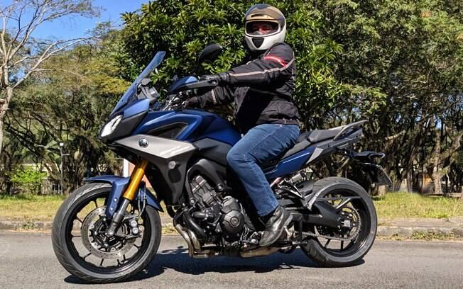 Yamaha Tracer 900 GT é uma naked explosiva com aptidão também para viagens