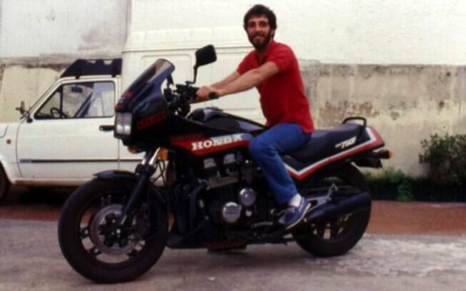 A grande sensação de todos os anos 80 no Brasil: Honda CBX 750F
