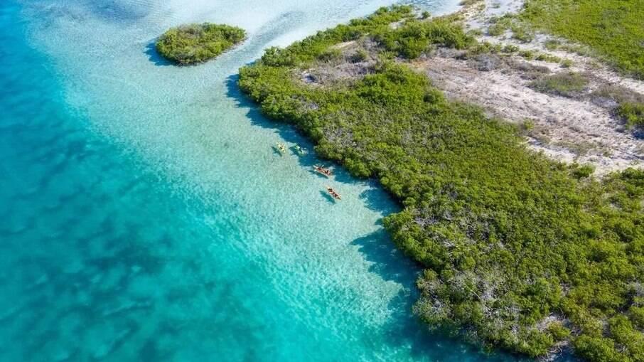 Vinte mortos são encontrados em barco à deriva no Caribe