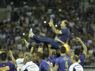Cruzeiro mira virada e tríplice coroa