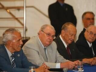 Gilvan de Pinho Tavares tomou posse para novo mandato na última