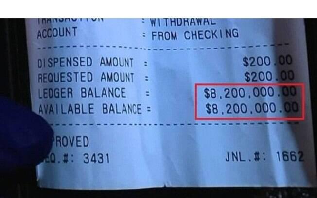 Ele ligou para o banco e a pessoa com quem  falou disse que o valor não estava mais listado na conta