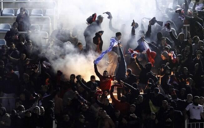 Torcida do PSG compareceu à Espanha para  acompanhar a sua equipe