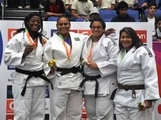 Ouro no feminino veio após três vitórias e uma desistência