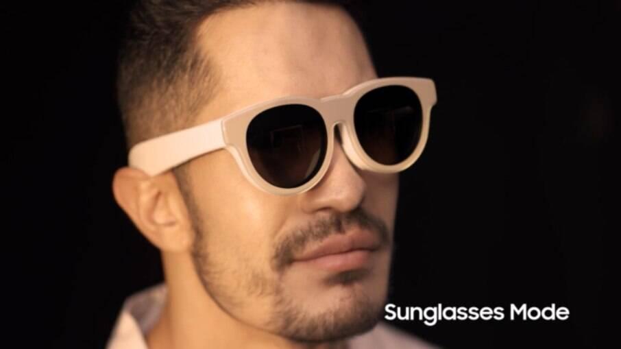 Óculos de realidade aumentada da Samsung terão modo escuro