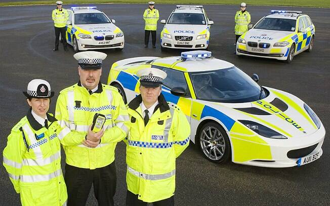 Lotus Evora S vai ajudar polícia da região de East Anglia, na Inglaterra, durante o mês de dezembro