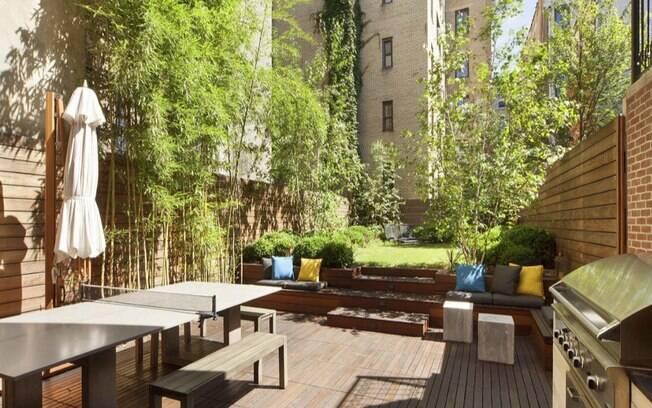 Mansão de famoso: detalhe do jardim da casa de Bradley Cooper
