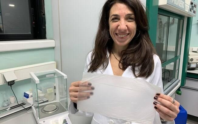 Dra. Farayde Matta Fakhour desenvolveu plástico comestível durante doutorado.