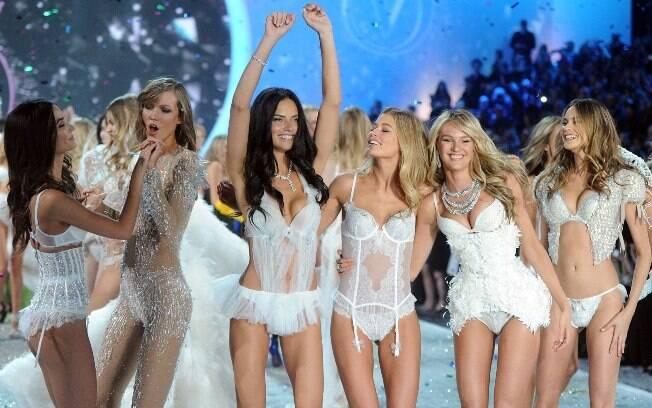 Victoria's Secret desfila coleção com sutiã de R$ 20 milhões