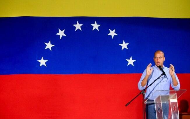Héctor Rodríguez caiu nas graças de Hugo Chávez ainda jovem e hoje é nome de confiança de Maduro