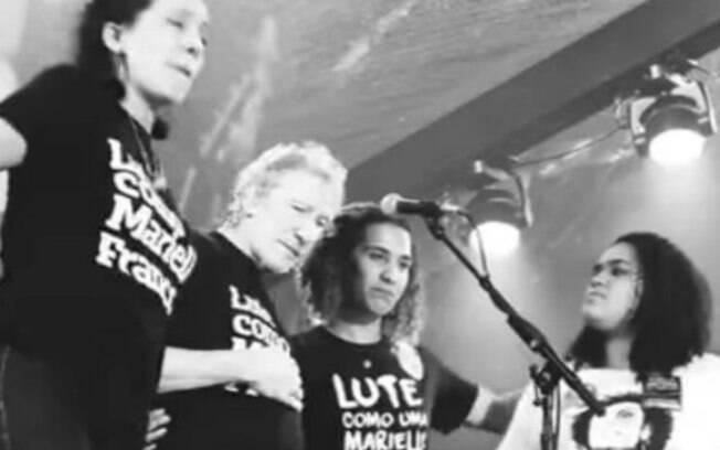 Roger Waters homenageia Marielle Franco em seu show no Rio