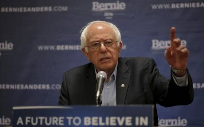 Bernie Sanders criticou o presidente Jair Bolsonaro