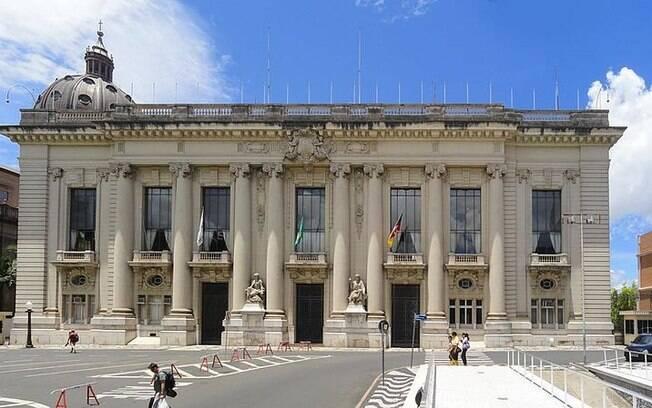 Eleição no Rio Grande do Sul terá segundo turno entre Sartori e Leite, para disputar um lugar no Palácio Piratini
