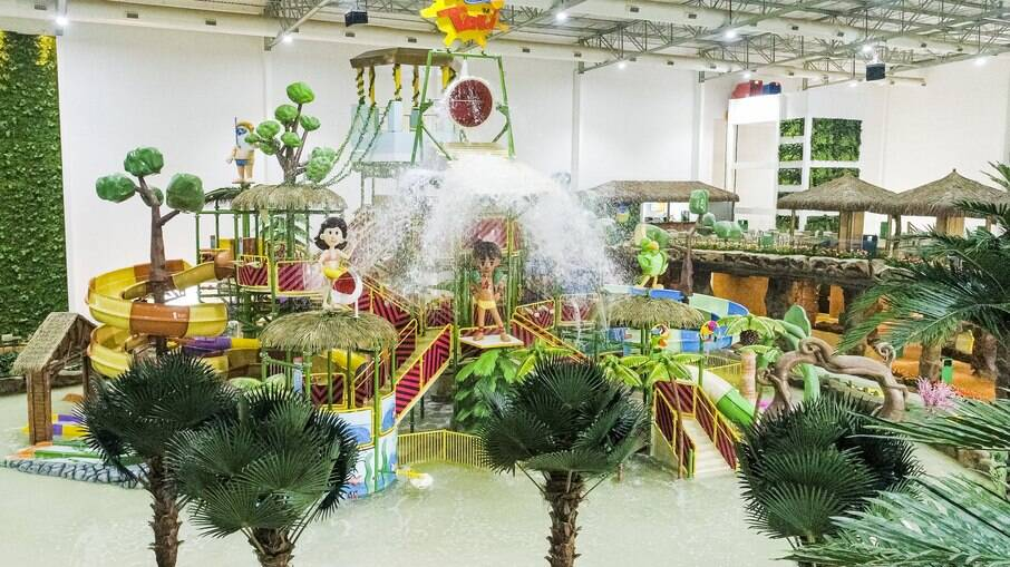 O Tauá Aquapark é o primeiro parque aquático indoor da América Latina, com 15 atrações, entre toboáguas e rio lento.