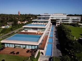 Cada morador tem sua piscina no edifício Acqua, em Punta Del Leste