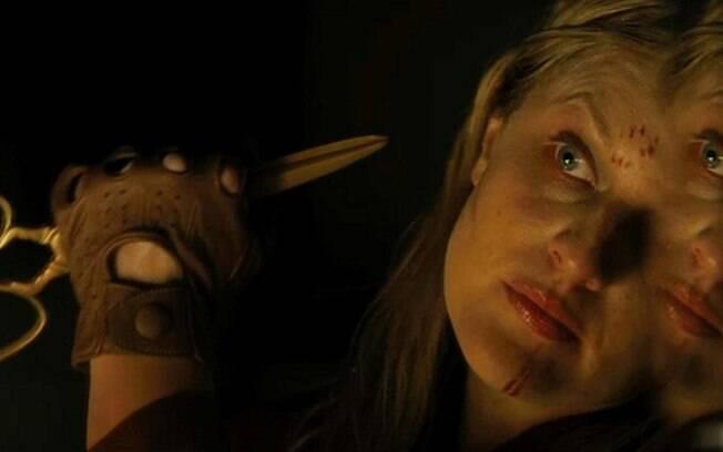 Elizabeth Moss em cena de Nós