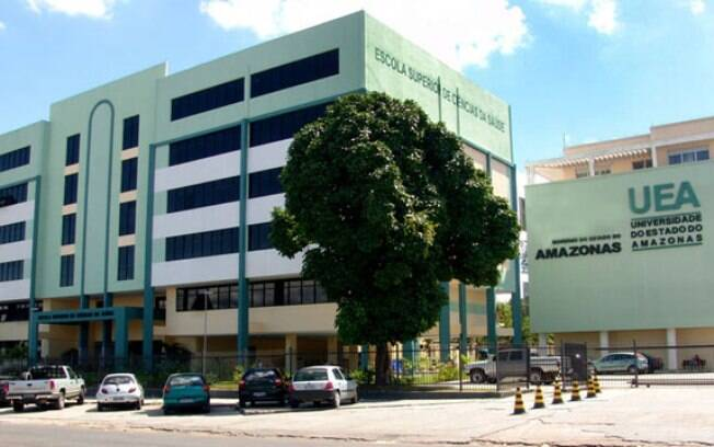 A UEA (Universidade do Estado do Amazonas) oferece 3..433 vagas por meio do Vestibular 2018