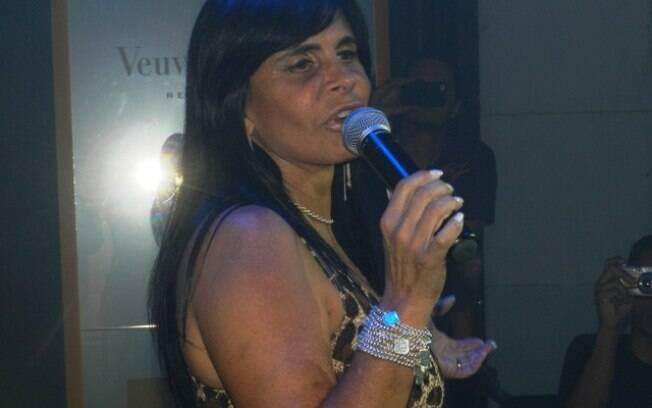Gretchen em sua estreia como DJ