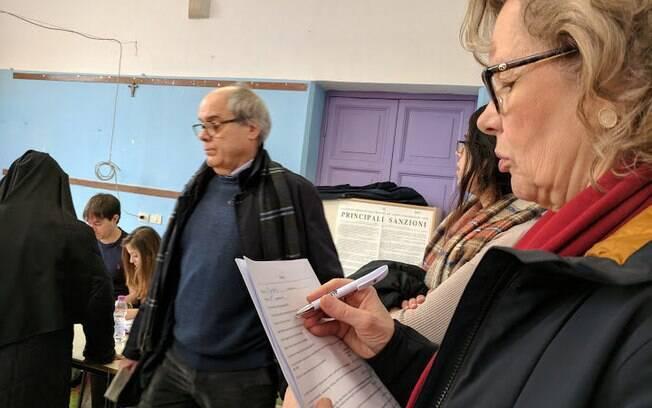 Eleições na Itália devem durar até às 23h local (19h, em horário de Brasília) e resultado sairá na segunda-feira (5)