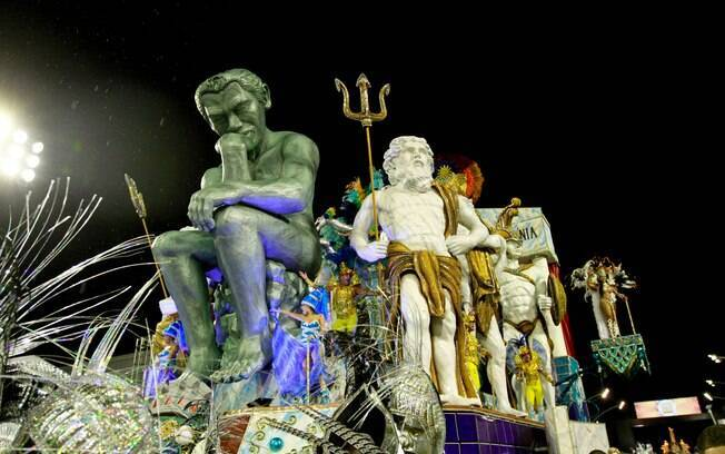 'O Pensador', de Rodin, em carro-alegórico da Vai-Vai - primeira noite de desfiles em São Paulo. Foto: Divulgação/SPTuris