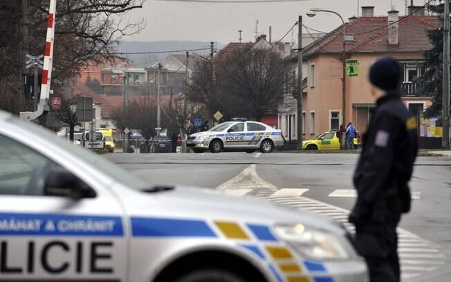 Homem invade restaurante e mata 8 pessoas na Rep. Tcheca