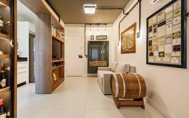 Casas temáticas: tem opção de apartamento que é todo dedicado a quem é apaixonado por vinho e buscar pela enologia